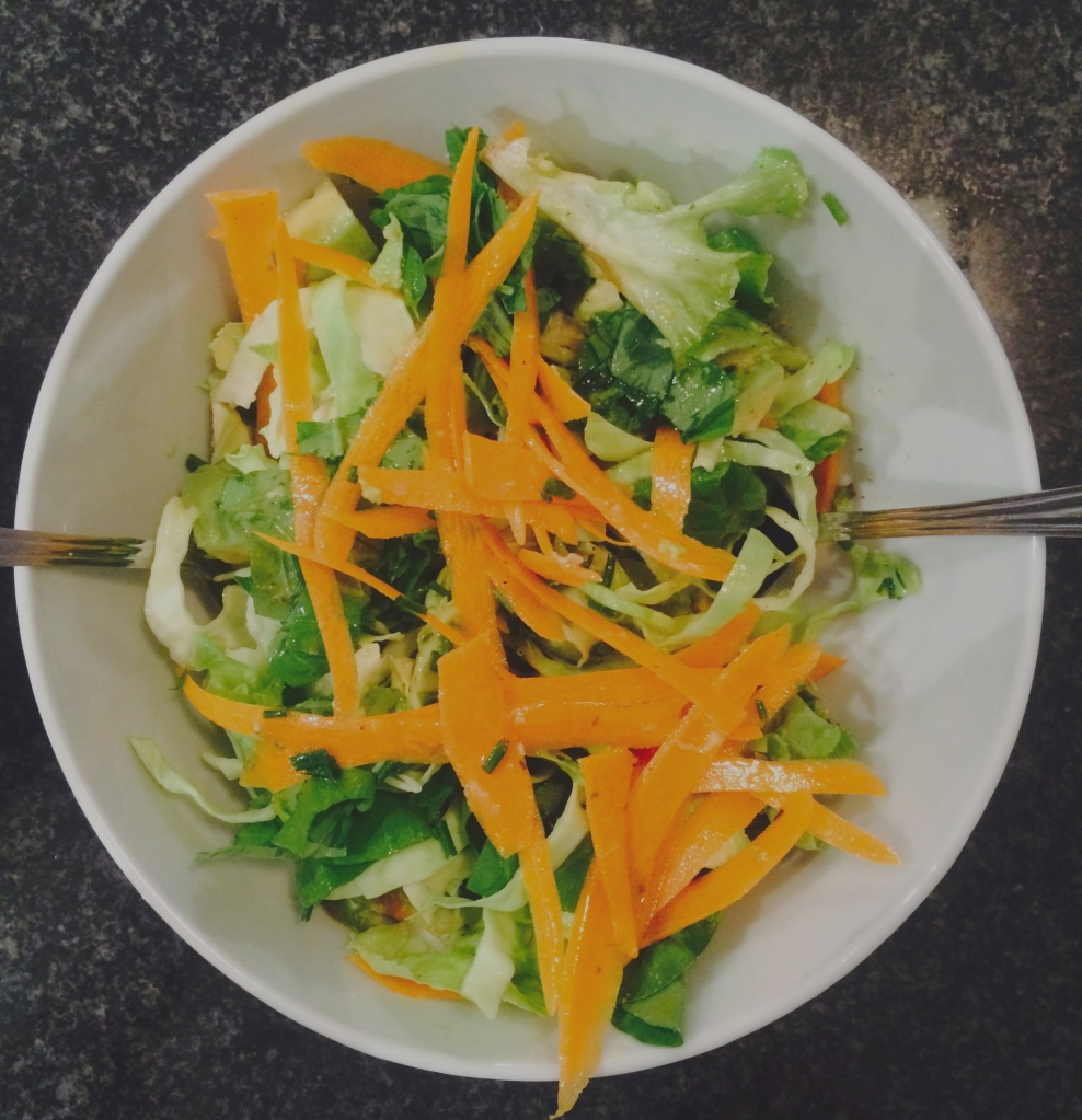 The perfect accompaniment for 'I'm Stuffed' Chicken breasts; a healthy, delicious salad. Tim Noakes approved