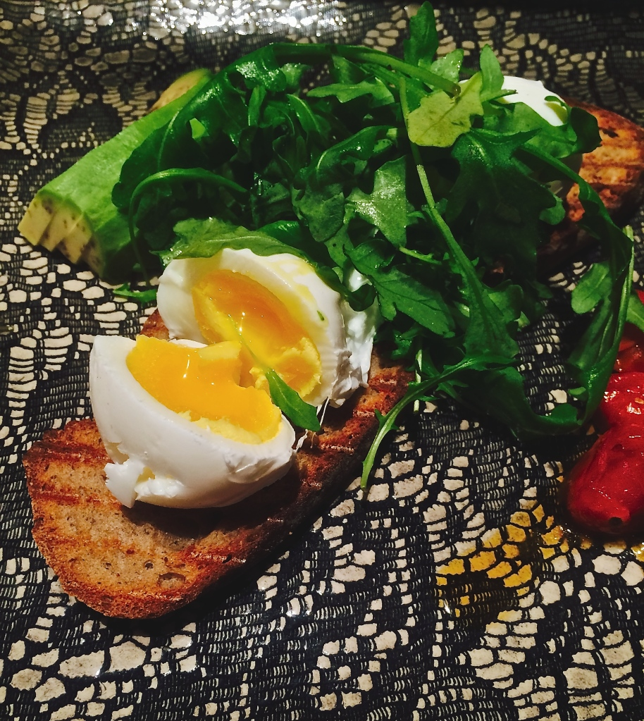 Healthy, delicious breakfast at Jason Bakery in Bree Street : Poached eggs on rye