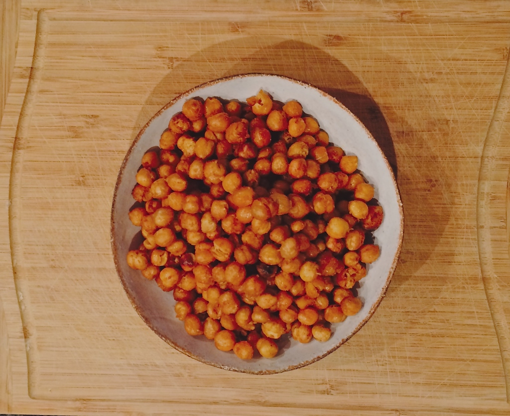 Spicy, Savoury Oven-Roasted Chickpeas with Paprika & Cayenne Pepper